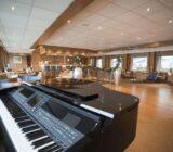 Klavier in der Lounge
