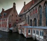 Bruges houses near water