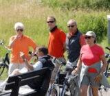 Radfahrer nehmen eine Pause ein