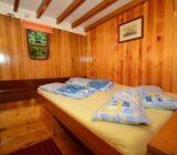 Linda cabin double
