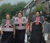 Spakenburg traditionelle Trachten