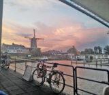 Rosaroter Sonnenuntergang in Wijk bij Duurstede
