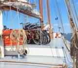 Fahrräder werden verschifft