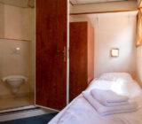 De Nassau - 2-Bettkab. UD/OD Badezimmer