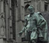 Antwerpen_Grote_Markt_Statue