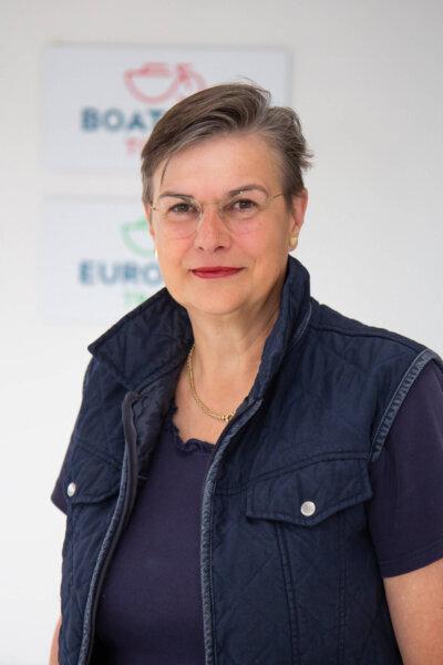 Ingrid van Asch van Wijck   Tour-Logistik